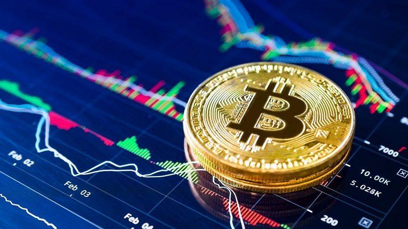 Bitcoin Fiyatı 10 Bin Doların Altına Düşer Mi?