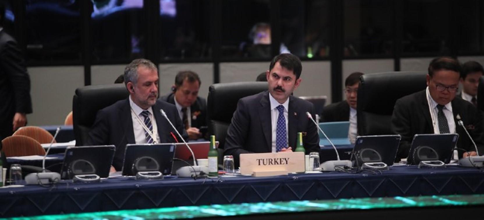 Bakan Kurum, G20 Zirvesinde Çağrılarda Bulundu