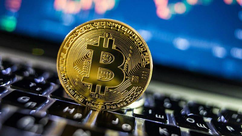 Bitcoin Fiyatı 10 Bin Doları Aştı, Hedefte 12 Bin Dolar Var