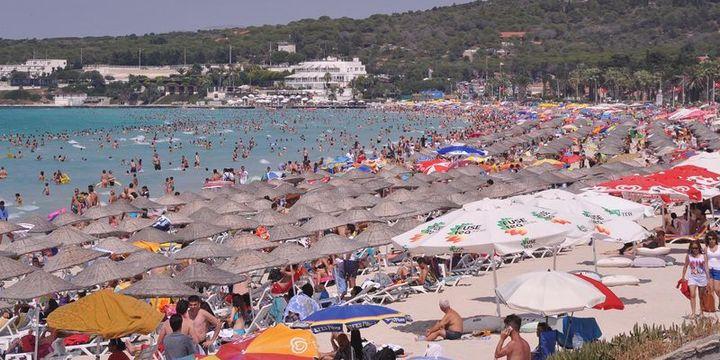 Bayram Boyunca Antalya Yüz Binlerce Kişiyi Ağırladı