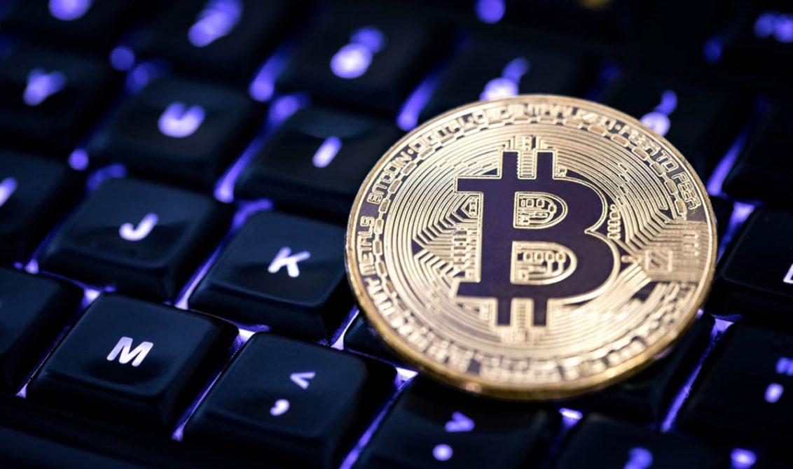 Bitcoin 10 Bin Dolara Koşuyor